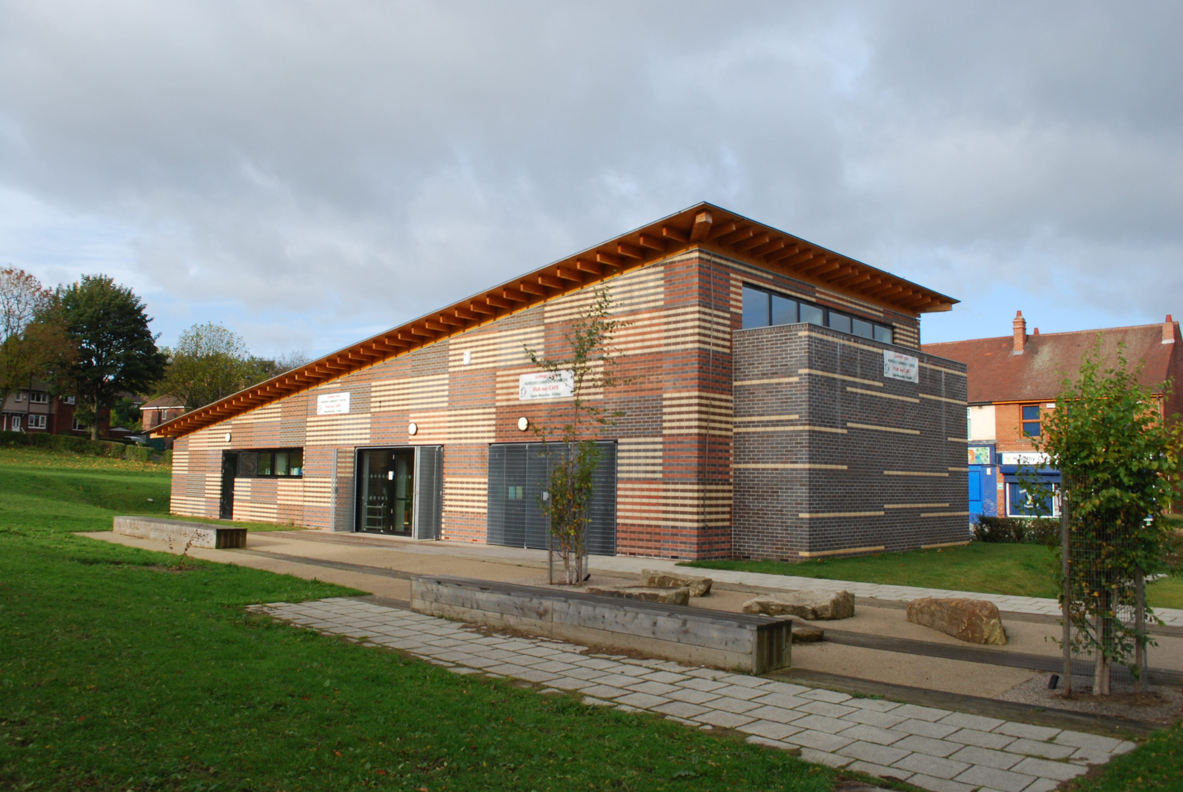 Longley Community Centre - Clay Construction